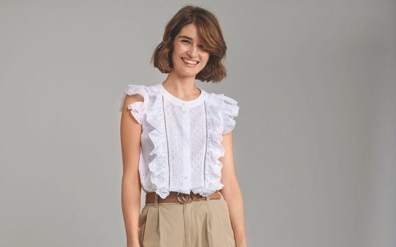 MUST-HAVE: Ruffle Blouse